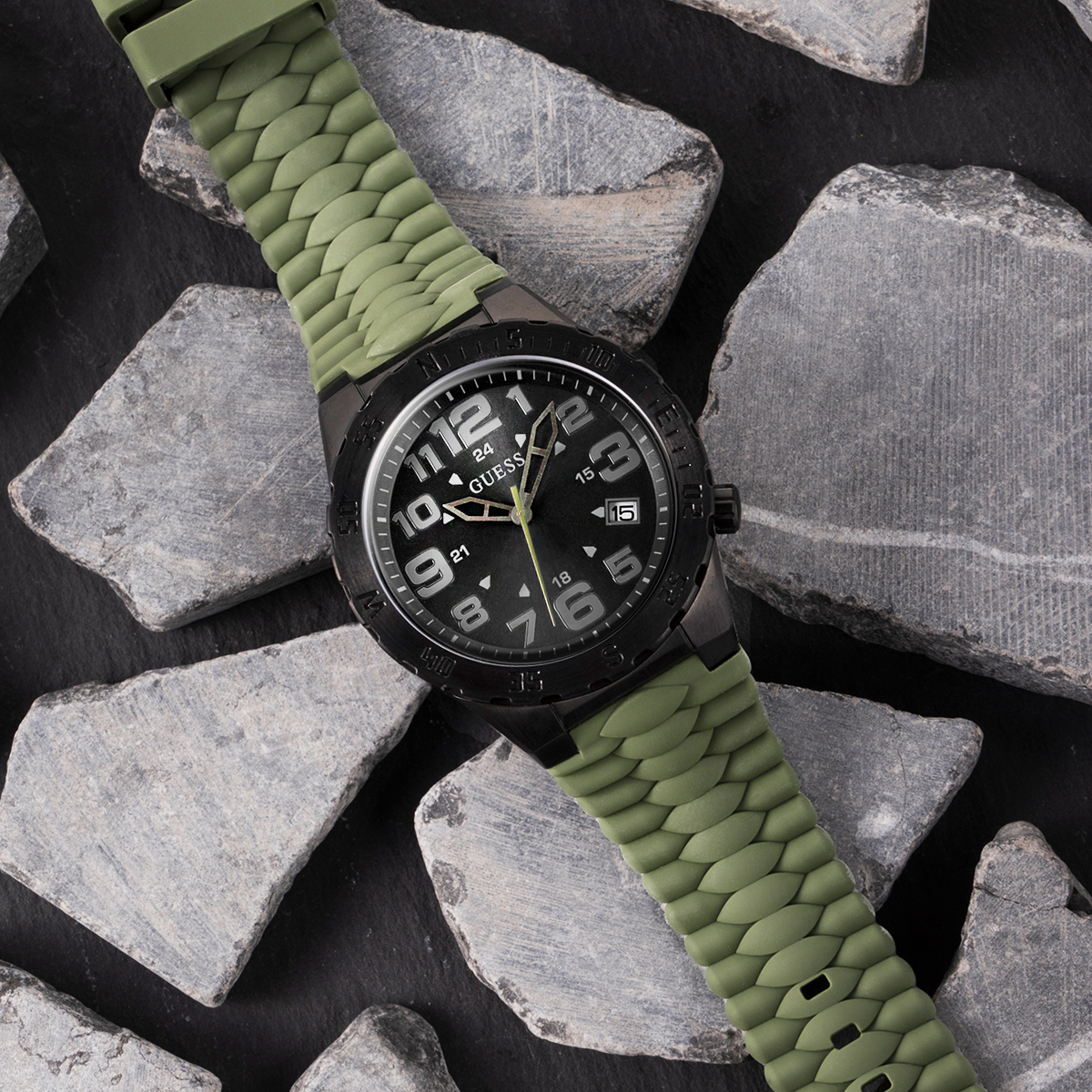 GUESS Watches Urban Camper